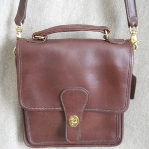 COACH LEATHER STATION MESSENGER CROSS BODY